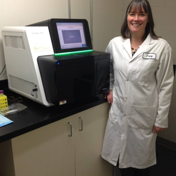 Women in Science: CFIA scientists investigate fruitful technology