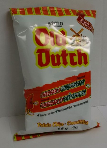 Cheddar & Sour Cream Potato Chips - 66 grams
