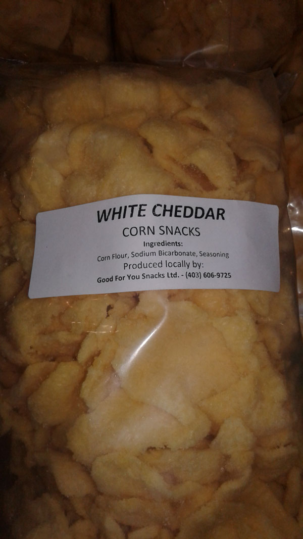 White Cheddar Corn Snacks - Size Not declared